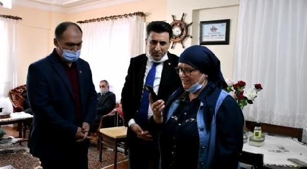 Bakan Soylu Aybüke öğretmenin ailesi ile görüştü