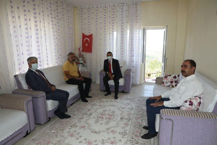 Bitlis'te Şehit ailelerine bayram ziyaretleri düzenlendi