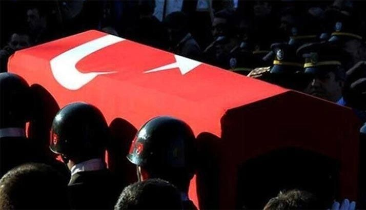 Konya'da askeri uçak düştü 1 şehit