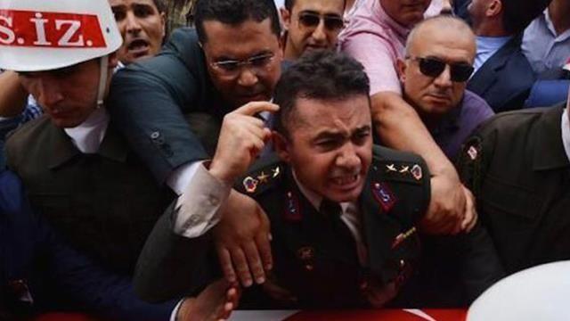 O Şehit abisine Devlet Bahçeli'ye hakaretten para cezası