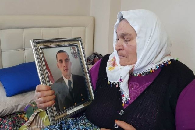 Şehit annesi: Allah vatanımıza, milletimize zeval vermesin
