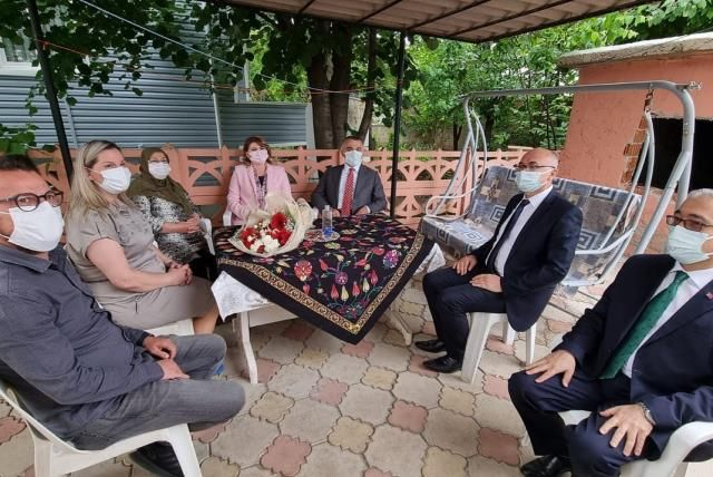 Vali Bilgin şehit ailelerini ziyaret etti