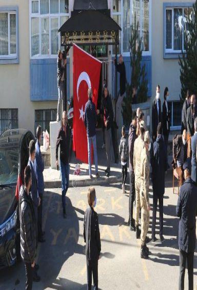 Tunceli'de çatışmada yaralanan Askerimiz Şehit oldu