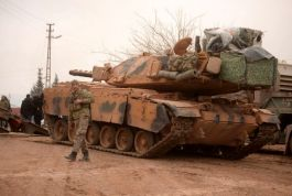 100 zırhlı Askeri araç Fetih Suresi'yle Suriye sınırına gitti