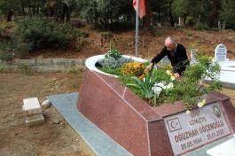 Davayı kazandı Şehitlik belgesiyle oğlunun mezarına gitti