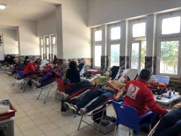 541 Askerimiz Kızılay'a kan bağışında bulundu