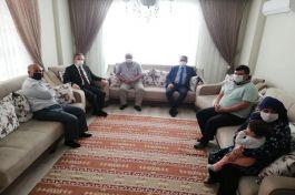 Akdeniz Kaymakamı Şehit Ailesini ziyaret etti