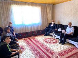 Altıntaş Kaymakamı Şehit Ailelerini evlerinde ziyaret etti