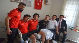 Ampute Futbol Takımından Gazi Askere moral ziyareti