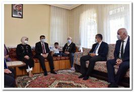 Ankara Valisi Kızılcahamam'da Şehit ailelerini ziyaret etti