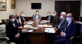 Bakan o Şehit ve Gazi Vakfı ile toplantı yaptı