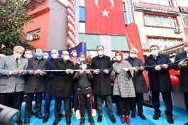 Bakan Şehit Eren Bülbül Gençlik Merkezi'nin açılışını yaptı