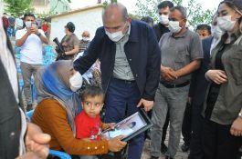 Bakan Soylu Sivil Şehit ailelerini Ziyaret etti