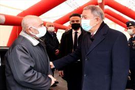 Bakan ve TSK komuta kademesi Şehitlerin ailelerini ziyaret etti