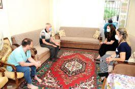 Başkan Çalkaya Şehit babalarını yalnız bırakmadı