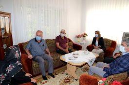 Bayan Vali Şehit Ailelerine ziyarete devam ediyor