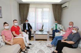 Bayrampaşa Belediye Başkanı Şehit ailelerini ziyaret etti