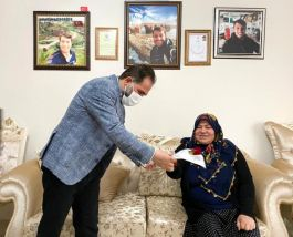 Belediye başkanı Şehit Annelerini yalnız bırakmadı