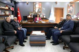 Belediye Başkanına Şehit Ailelerinden Ziyaret