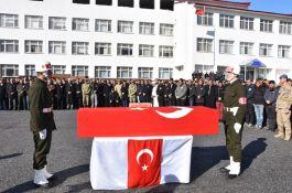 Bitlis'li şehit son yolculuğuna uğurlandı