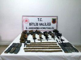 Bitlis'te çok sayıda silah ve mühimmat bulundu 6 terörist öldürüldü