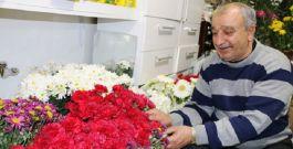 Çiçekçiden Örnek davranış Şehit ailelerine ücretsiz hizmet