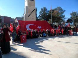 Diyarbakır'lı Öğrencilerden Hava Şehitliğine ziyaret