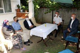 Düzce Valisi bayramda şahit ailelerini yalnız bırakmadı