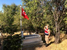 Elazığ da Mehmetçik'ten şehitlik hassasiyeti
