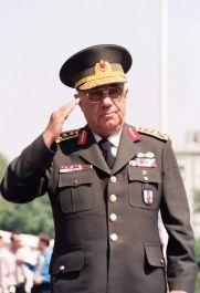 Eski Genelkurmay Başkanı vefat etti
