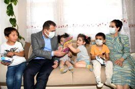 Hakkari Valisi Şehit Ailelerini ziyaret etti
