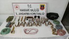 Hakkari'de operasyonda pkk mühimmatı ele geçirildi