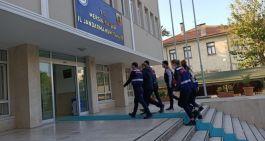 iki terörist Türkiye'ye girmeye çalışırken yakalandı