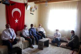 İl Müftüsü Şehit ailelerini evlerinde ziyaret etti