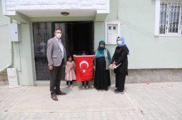 İpekyolu Belediyesinden Şehit ve Gazi ailelerine ziyaret