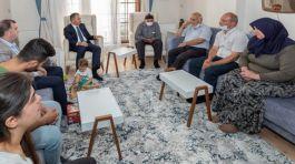 İstanbul Valisi Şehit Ailesini Ziyaret etti