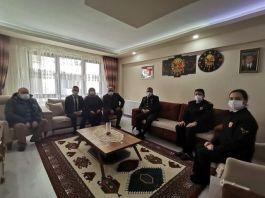 Jandarma Komutanından Şehit ailesine ziyaret