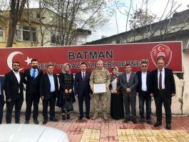 Komutan Albay Çakmak'tan şehit yakınlarına ziyaret