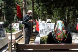 Konya'da Şehit aileleri Şehitliği ziyaret etti