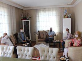 Körfez Kaymakamı Şehit ailelerini ziyaret etti