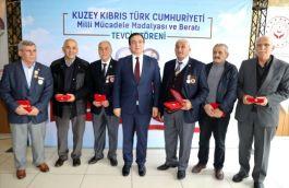 Körfez'de Kıbrıs gazilerine beratları verildi