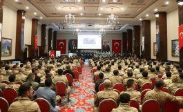 Mardin'de 500 güvenlik korucusuna hizmet içi eğitim semineri verildi