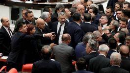 Mecliste Şehit paralarını verin tartışması