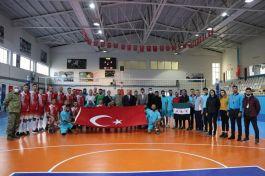 Mehmetçik Suriye'de voleybol maçı yaptı