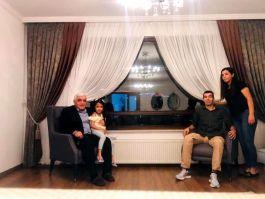 Milletvekili Yüksekova Gazisini evinde ziyaret etti