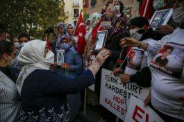 Oda Diyarbakır(Terörist) Annelerini ziyaret etti