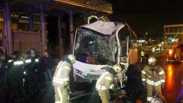 Polis Midibüsü Kaza yaptı 3 Polisimiz yaralandı