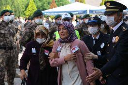 Polisi Şehit etti serbest kaldı, Şehit eşi Mahkemeye isyan etti