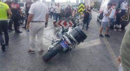 Polisler kaza yaptı,iki polis ağır yaralı