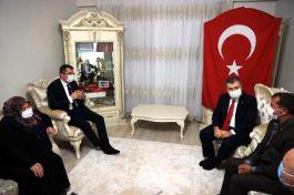 Sağlık Bakanı Sivil Şehit Ailesini ziyaret etti